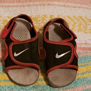 Nike Water Sandals 7c